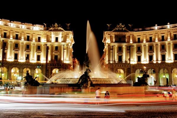 13 -Piazza_della_repubblica_hdr