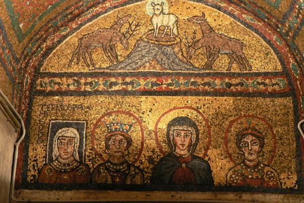 14 Santa Prassede Chapel of Zeno Lamb&deer3
