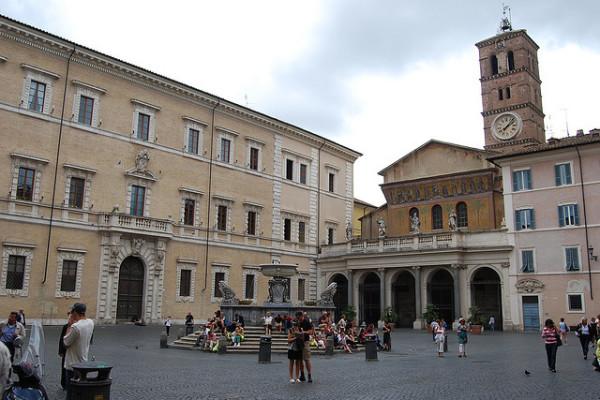 25 basilica_di_santa_maria_in_trastevere_003