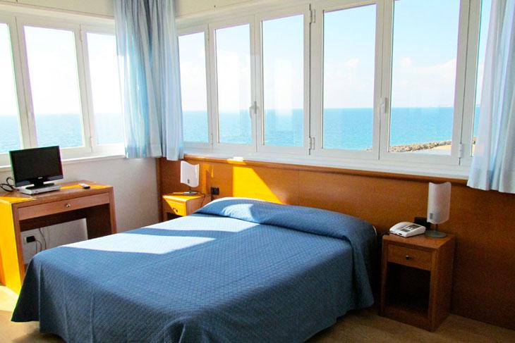 pino-al-mare-hotel-img